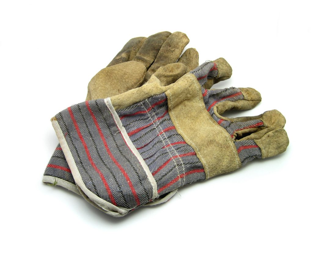 gloves-work-1421727-1279x1046