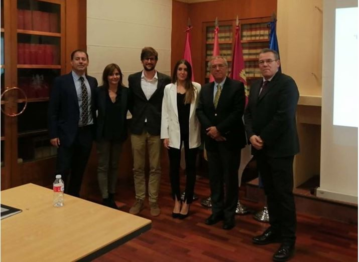 "Inmaculada Yustres (@inmayuss), nuevo Doctora por @uclm_es con su tesis ""Longitudinal analysis of the effect of achieving performance in junior category on the results obtained in senior in world swimming championships 2006-2017"""